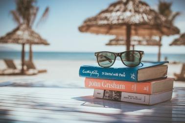 beach books-918521_640