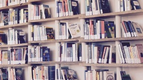 books-1617327_640