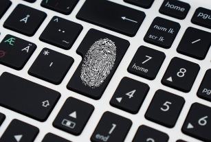 Fingerprint and keyboard